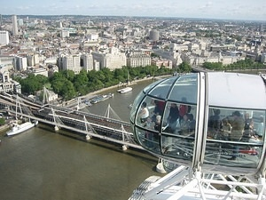 Other Capsules of the London Eye 4